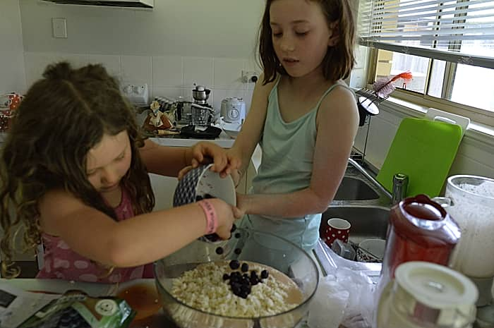 My-Kids-Cooking-Amazing-Healthy-Blueberry-Ricotta-Hotcakes-Pouring
